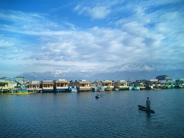 dal lake-Srinagar