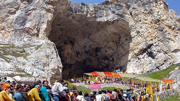 cave-temple-of-amarnath